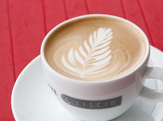 CAFFE' LISCIO 店舗イメージ